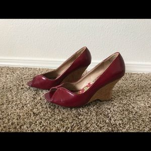 Reaction Kenneth Cole Shoes - Kenneth Cole Reaction Wedges in Red